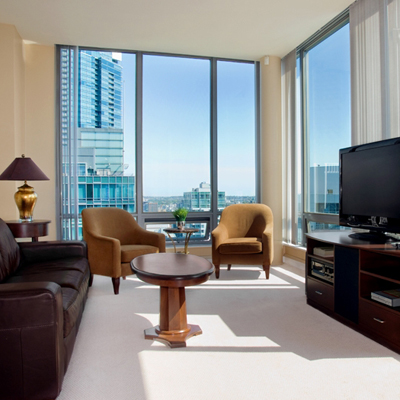 The Best Value Hotel in Downtown Vancouver Is Actually An ...